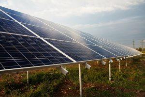 Nové aukce bez levné solární energie? Česko bude stát elektřina víc, varuje Solární asociace