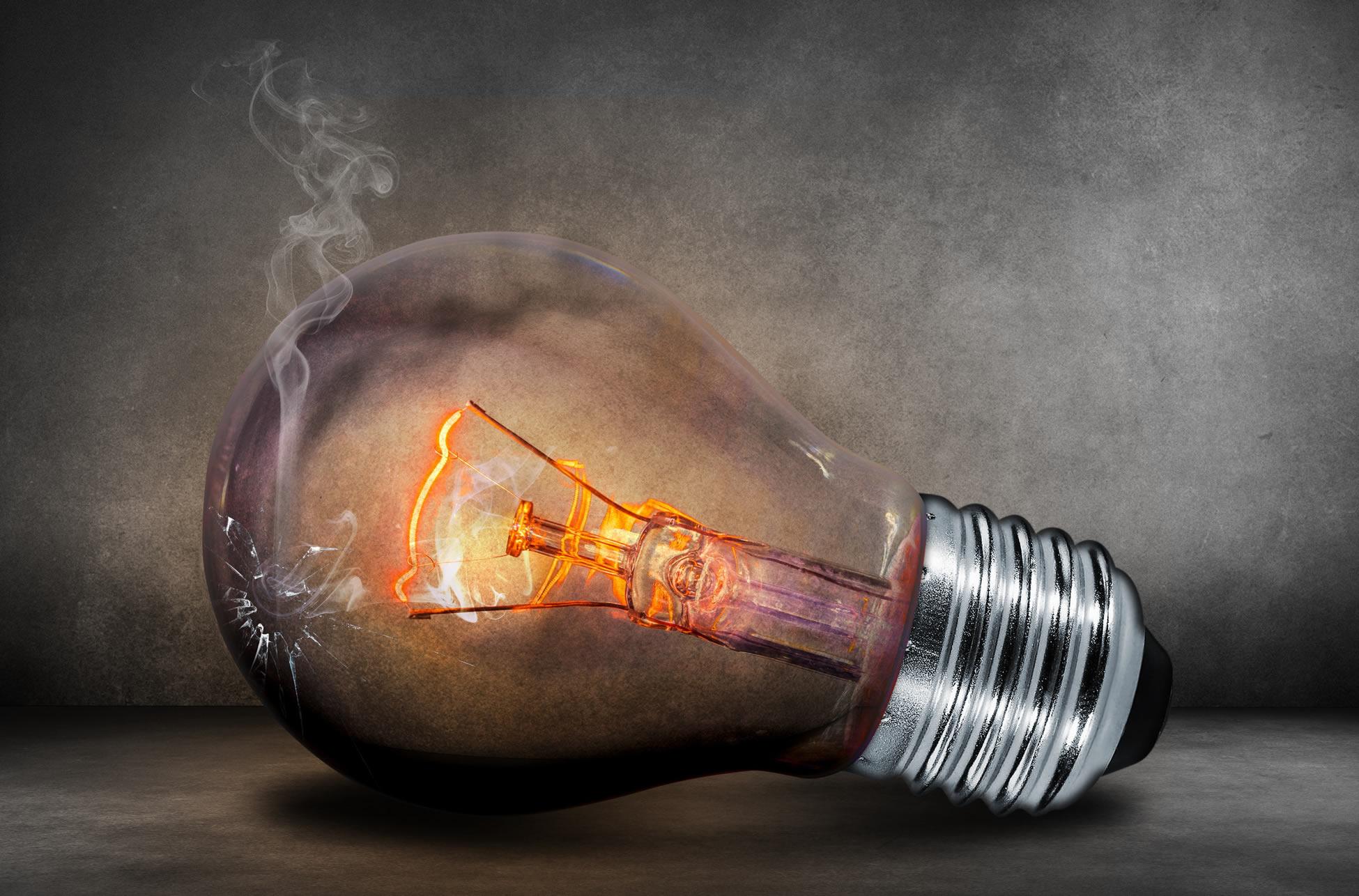 Klesající náklady na výrobu energie Češi v nižších cenách nepocítí