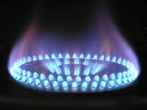 Levný plyn vlací do hry paroplynové elektrárny