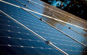 Česko opět zažívá boom velkých solárních elektráren