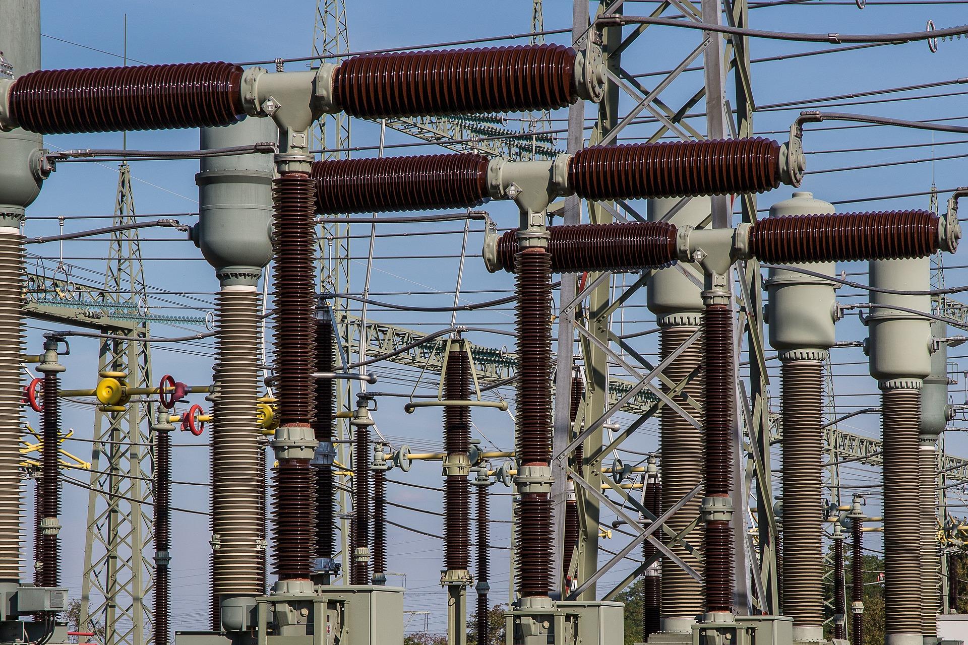 Přenosovou soustavu trápí výpadky uhelných elektráren, obnovitelné zdroje už ne