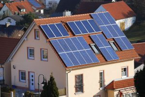Zájem o soláry na střechách se letos zdvojnásobil