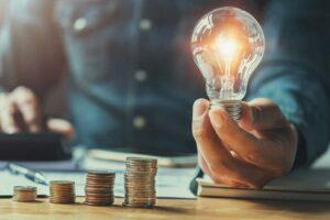 Ceny elektřiny lámou rekordy, soláry výhodnou alternativou